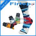 广东袜子工厂供应炫酷时尚休闲袜,色彩亮丽纯棉男袜