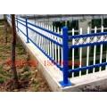 新余酒店围墙栏杆安装 新余景区隔离栏杆定做 新余临时锌钢栅栏