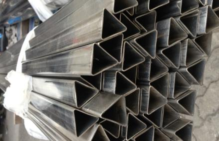 一支起订热镀锌三角形焊管厂