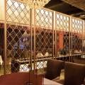佛山臻佳酒店不锈钢屏风 玫瑰金拉丝金属花格酒店大堂定制不锈钢