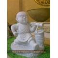 青海露天石雕戏狮罗汉石雕小和尚小沙弥工厂