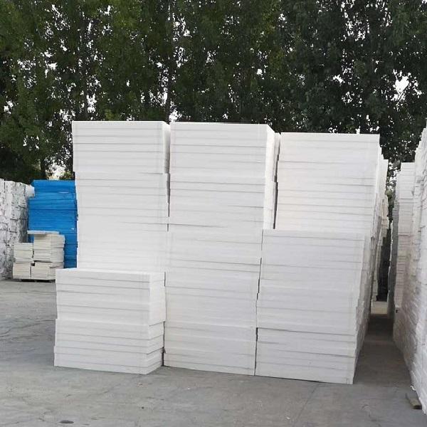 新鄉屋面灰色擠塑板,封丘屋頂擠塑板廠家