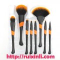 瑞芯丽RUIXINLI彩妆刷生产商