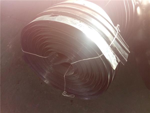 钢边橡胶复合止水带介绍