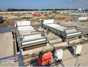 打桩污泥脱水设备-广州鸿业环保打桩污泥脱水设备