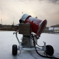 德州仿自然降雪国产高温造雪机设备提高游客体验感