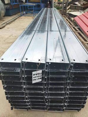 京奥兴国际钢结构企业专业生产各种型号ZC型钢檩条