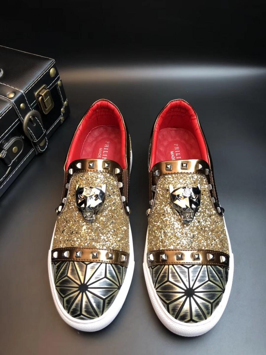 给大家细说一下Gucci蜜蜂小白鞋,专柜里需要多少钱?